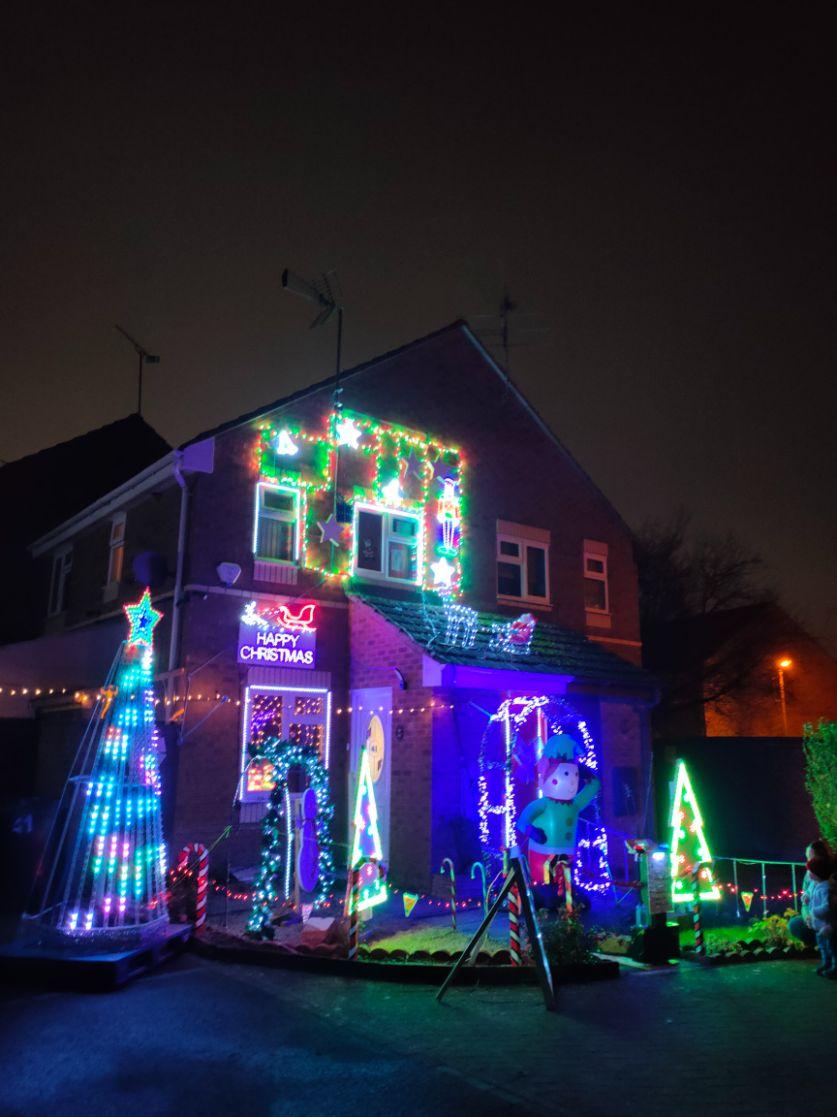 Christmas in Swindon Mallard Close Christmas lights December 2020