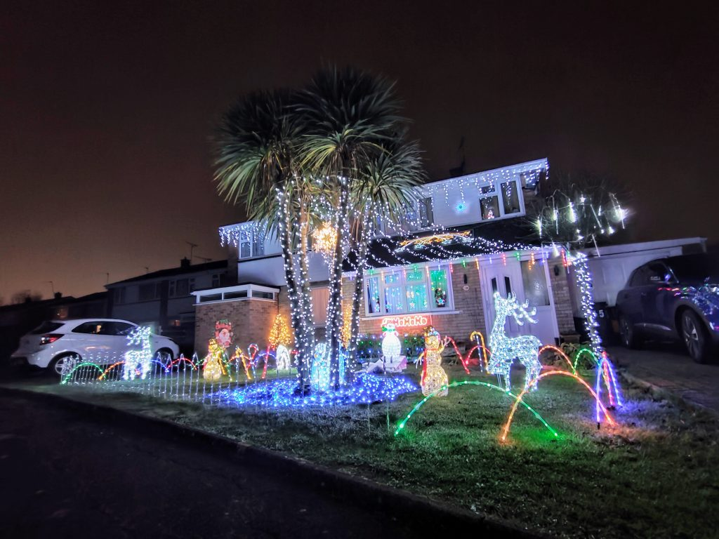 Christmas in Swindon festively decorated home - We Are Swindon Covingham